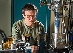 Greg Dyer Plasmonic Chip
