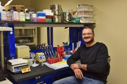 Bill Arndt in biosafety demonstration lab