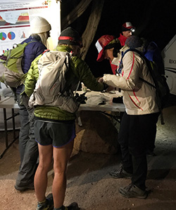 Hikers check in pre-dawn
