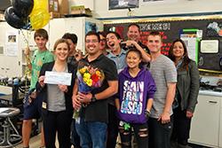 Computer science teacher wins 2018 Sandia Excellence in Teaching Award